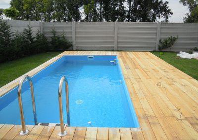 terasa smrekovec okolo bazena